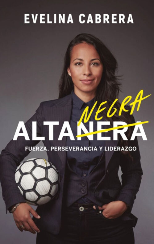 Alta negra Evelina Cabrera